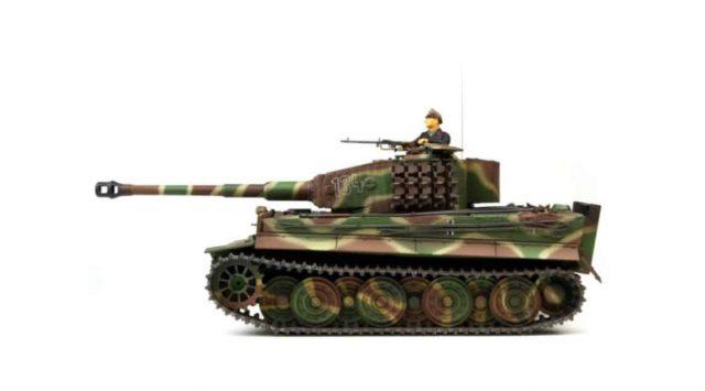 """RC-Modell: Panzerkampfwagen VI """"Tiger"""", 1:24 VS Tank Pro – Tiger 1 späte Ausführung in Waldtarn mit IR Schussfunktion -"""